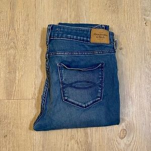 Abercrombie & Fitch LOW RISE LEGGING Jeans Size 4 Inseam 27